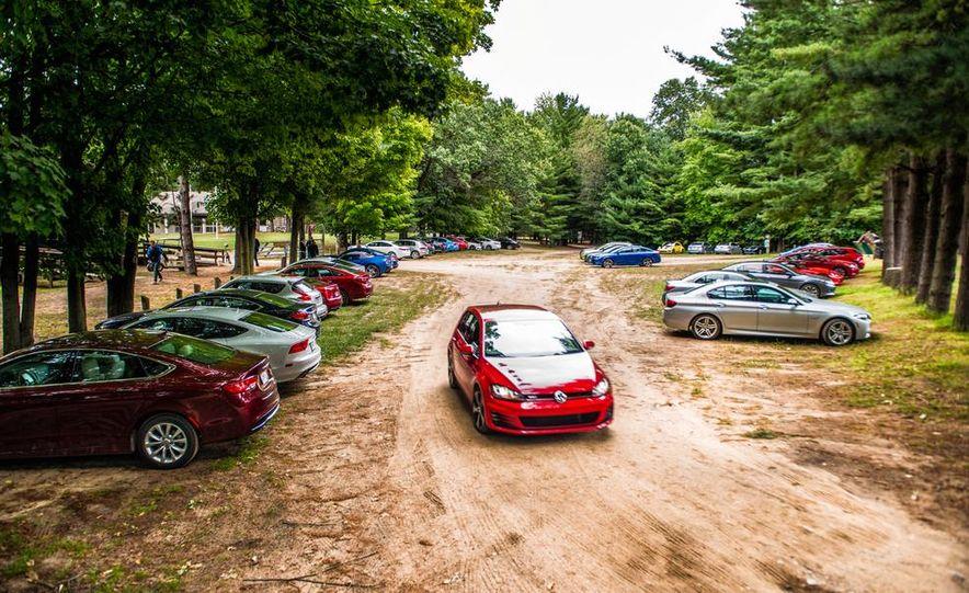 2015 10Best Cars - Slide 1