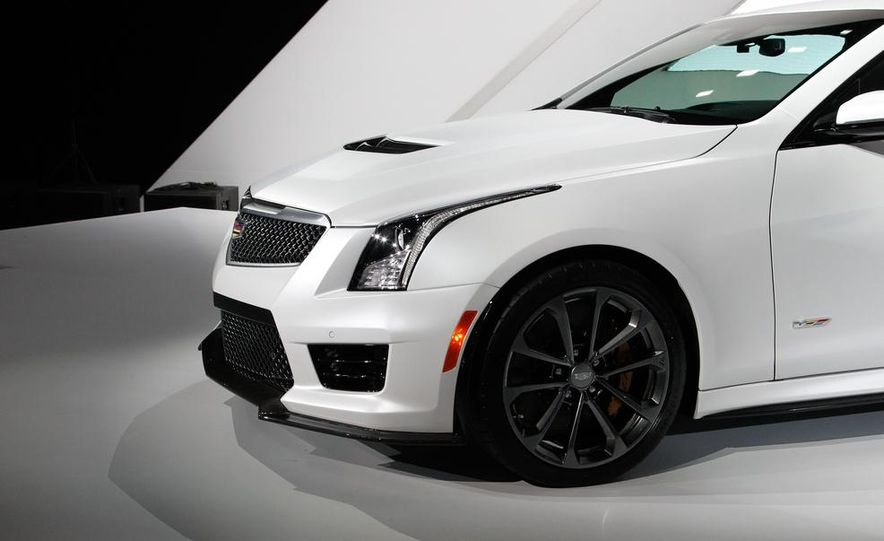 2016 Cadillac ATS-V coupe - Slide 6