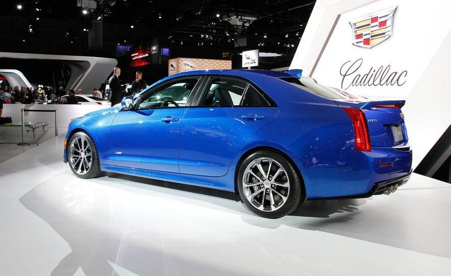 2016 Cadillac ATS-V coupe - Slide 33
