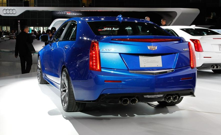 2016 Cadillac ATS-V coupe - Slide 34