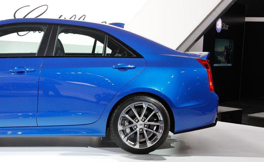 2016 Cadillac ATS-V coupe - Slide 38