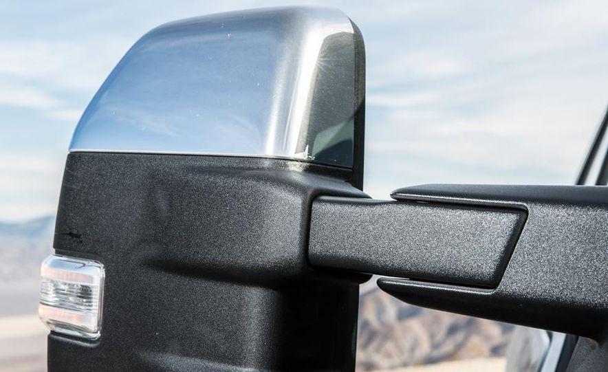2015 Ford F-150 Platinum 3.5L EcoBoost - Slide 19