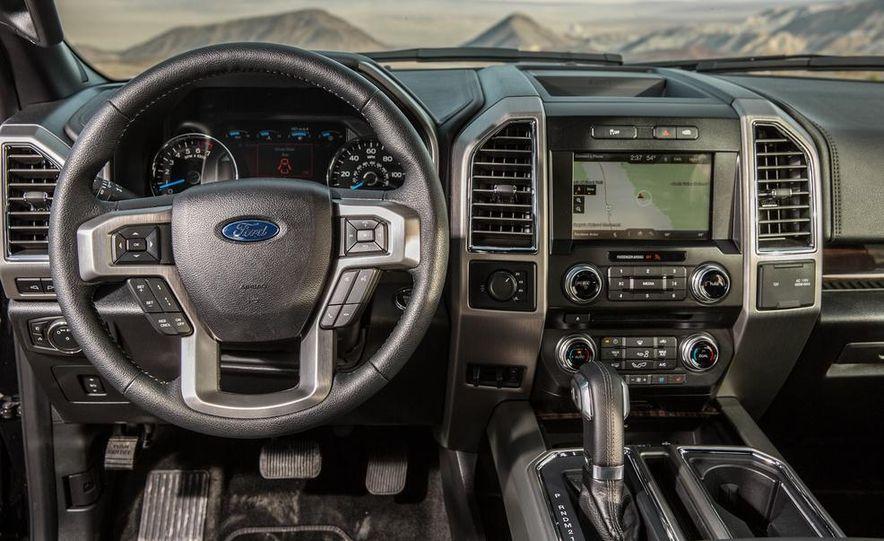 2015 Ford F-150 Platinum 3.5L EcoBoost - Slide 24