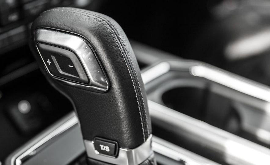 2015 Ford F-150 Platinum 3.5L EcoBoost - Slide 26