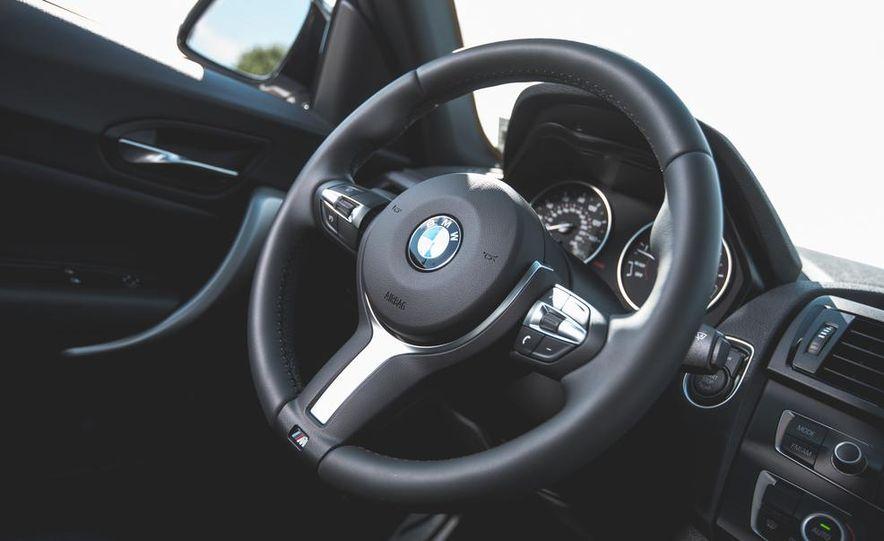 2014 BMW M235i coupe - Slide 17
