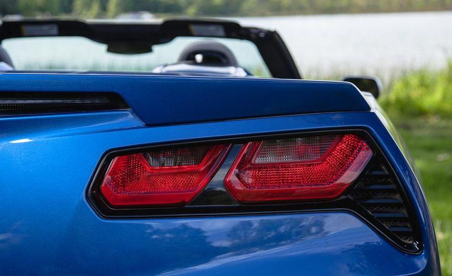 2015 Chevrolet Corvette Stingray convertible - Slide 8