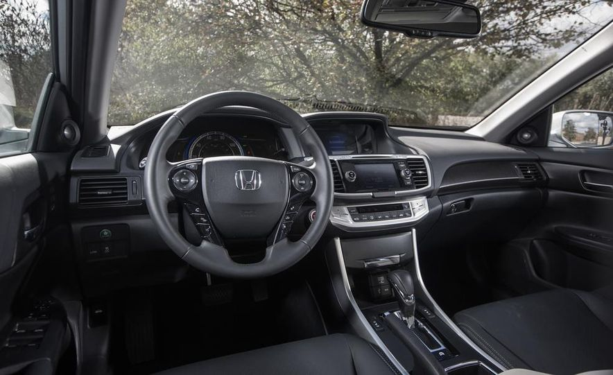 2015 Honda Accord Sport - Slide 13