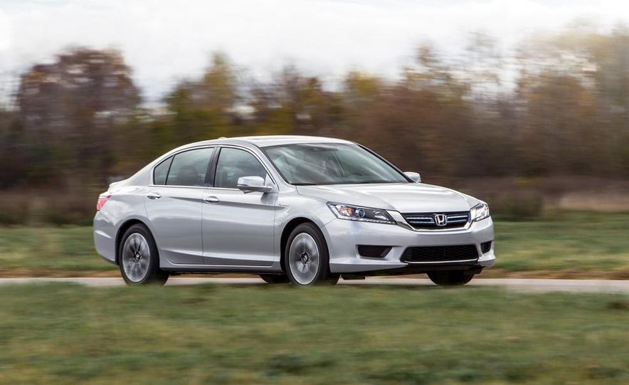 2015 Honda Accord Sport - Slide 2
