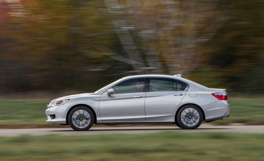 2015 Honda Accord Sport - Slide 3