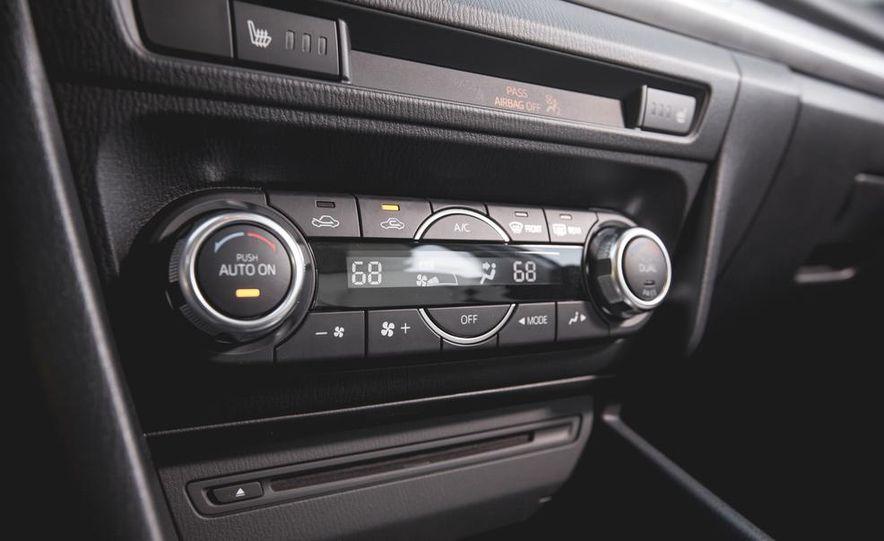 2015 Mazda 3 2.5L hatchback - Slide 35