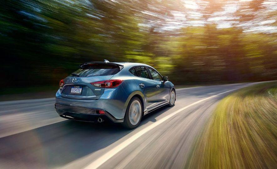 2015 Mazda 3 2.5L hatchback - Slide 1