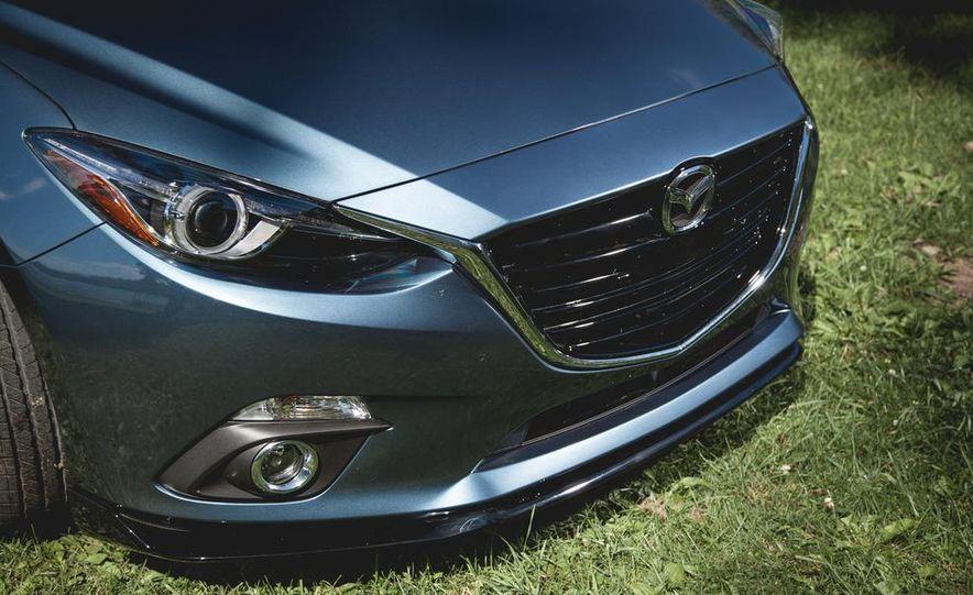 2015 Mazda 3 2.5L hatchback - Slide 8