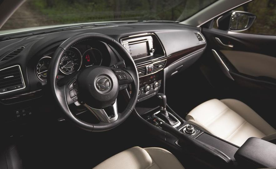2015 Mazda 6 with i-eLOOP Energy Recuperation - Slide 12