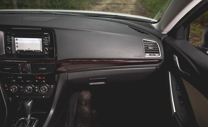 2015 Mazda 6 with i-eLOOP Energy Recuperation - Slide 24
