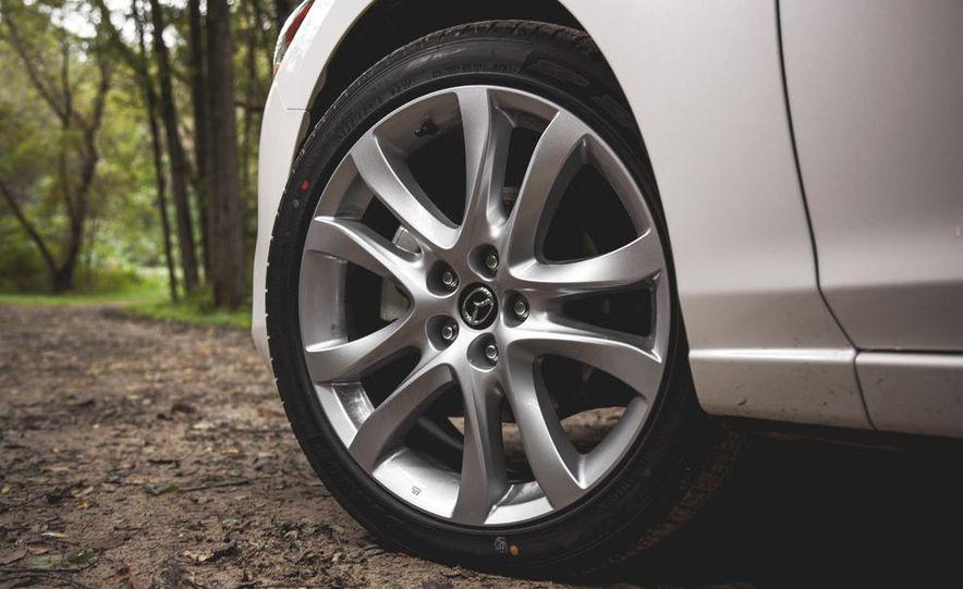 2015 Mazda 6 with i-eLOOP Energy Recuperation - Slide 6