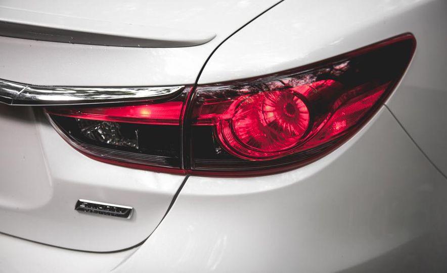 2015 Mazda 6 with i-eLOOP Energy Recuperation - Slide 9