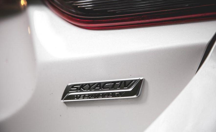 2015 Mazda 6 with i-eLOOP Energy Recuperation - Slide 11