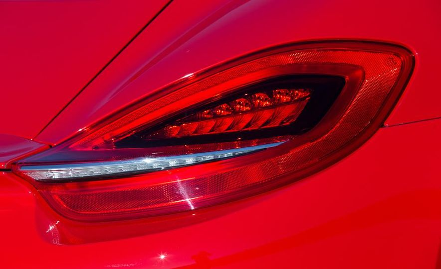 2014 Porsche Cayman S - Slide 23