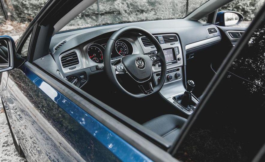 2015 Volkswagen GTI - Slide 35