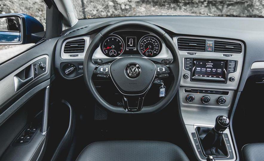 2015 Volkswagen GTI - Slide 39