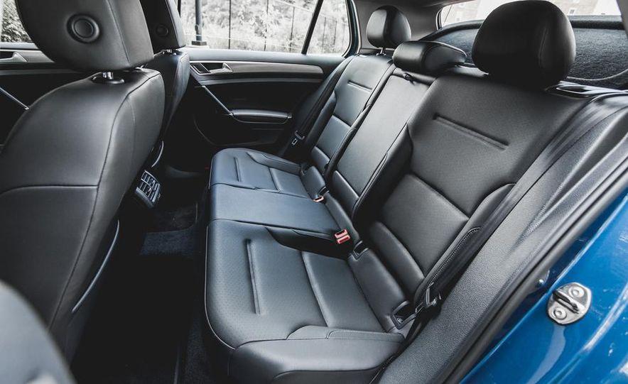 2015 Volkswagen GTI - Slide 42