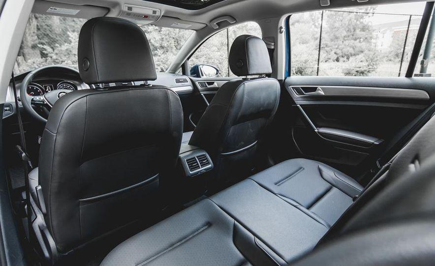 2015 Volkswagen GTI - Slide 43