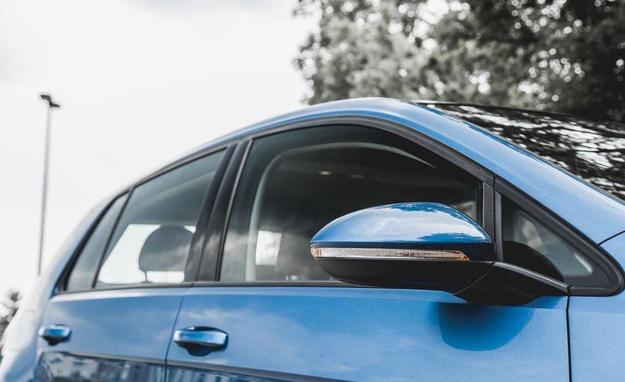 2015 Volkswagen GTI - Slide 27