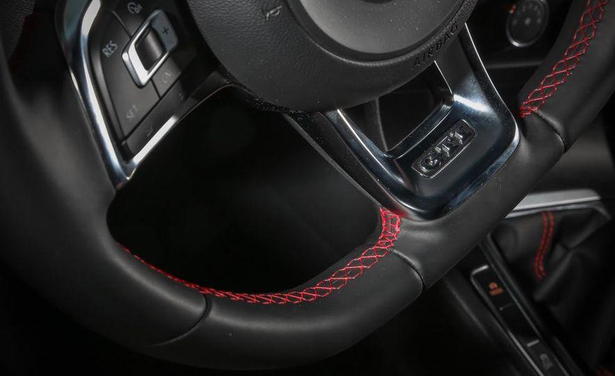 2015 Volkswagen GTI - Slide 9