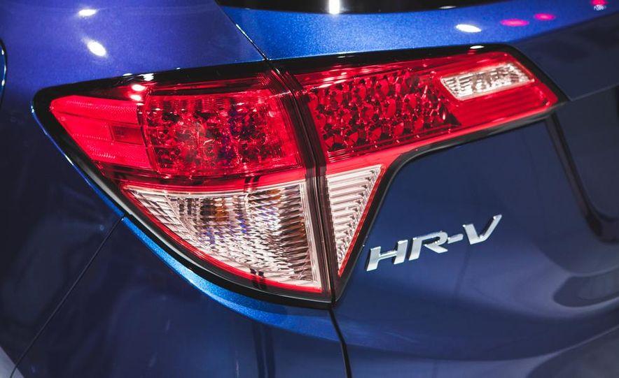 2016 Honda HR-V - Slide 10