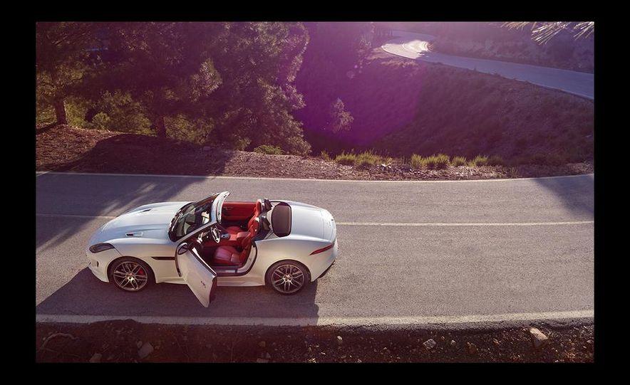 2016 Jaguar F-type R coupe AWD - Slide 31