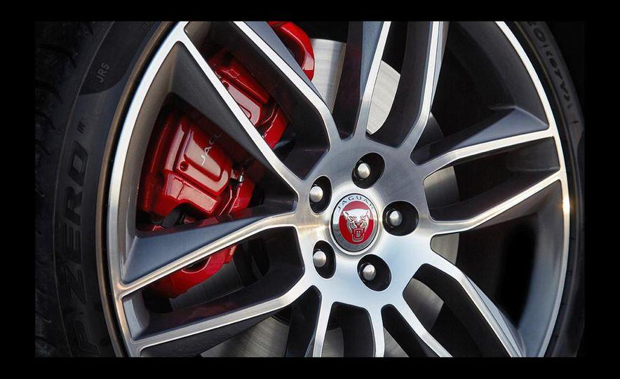 2016 Jaguar F-type R coupe AWD - Slide 35