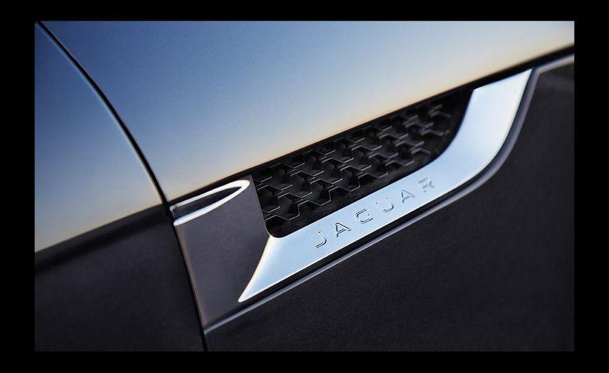 2016 Jaguar F-type R coupe AWD - Slide 47