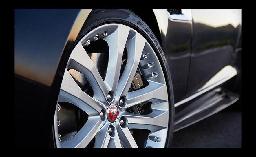 2016 Jaguar F-type R coupe AWD - Slide 48