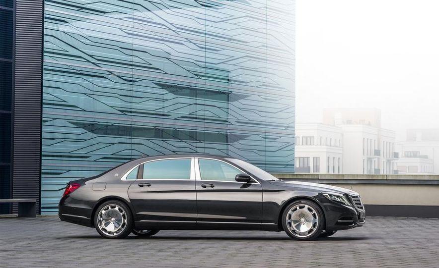 2016 Mercedes-Maybach S600 - Slide 28