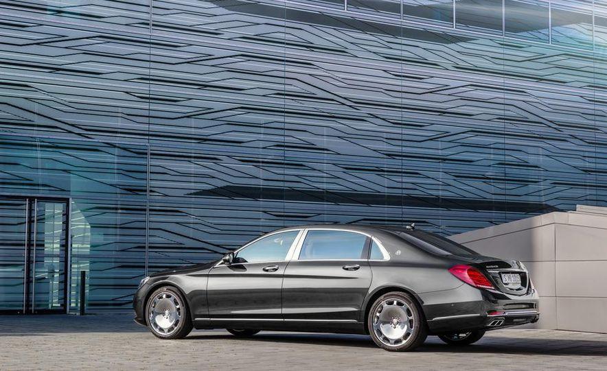 2016 Mercedes-Maybach S600 - Slide 31