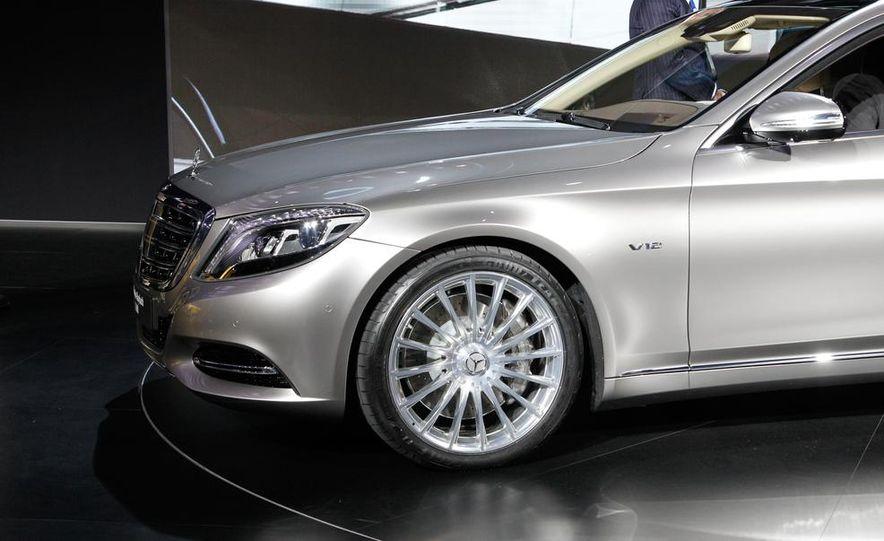 2016 Mercedes-Maybach S600 - Slide 12