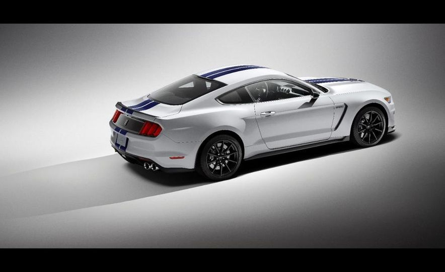 2016 Ford Mustang Shelby GT350 - Slide 66