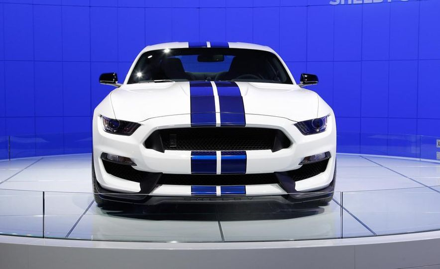 2016 Ford Mustang Shelby GT350 - Slide 16