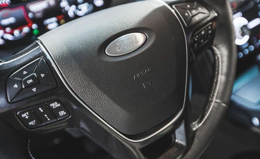 2016 Ford Explorer Platinum - Slide 36