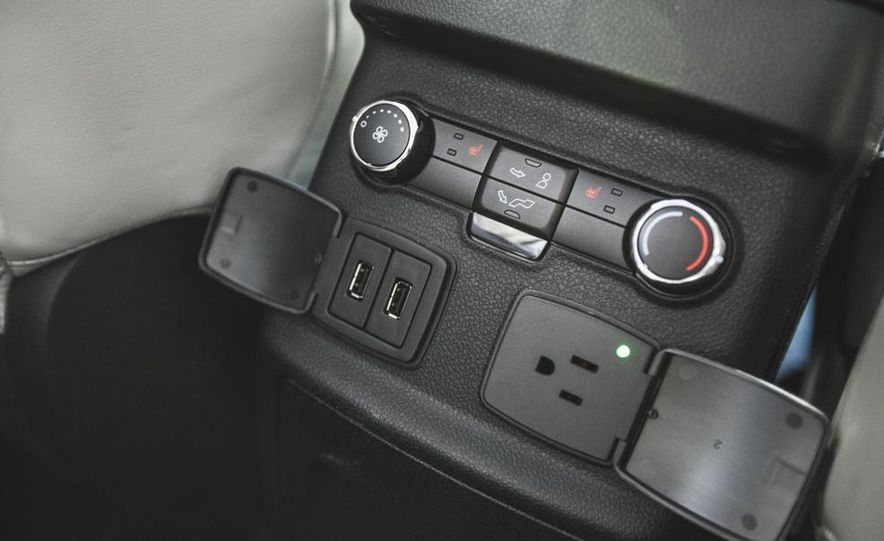 2016 Ford Explorer Platinum - Slide 47