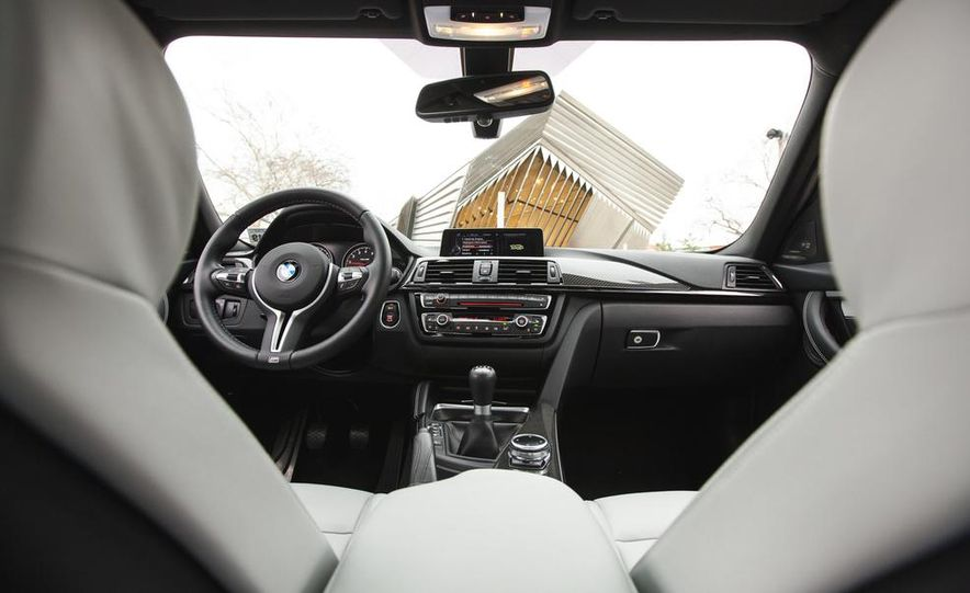 2015 BMW M3 - Slide 53