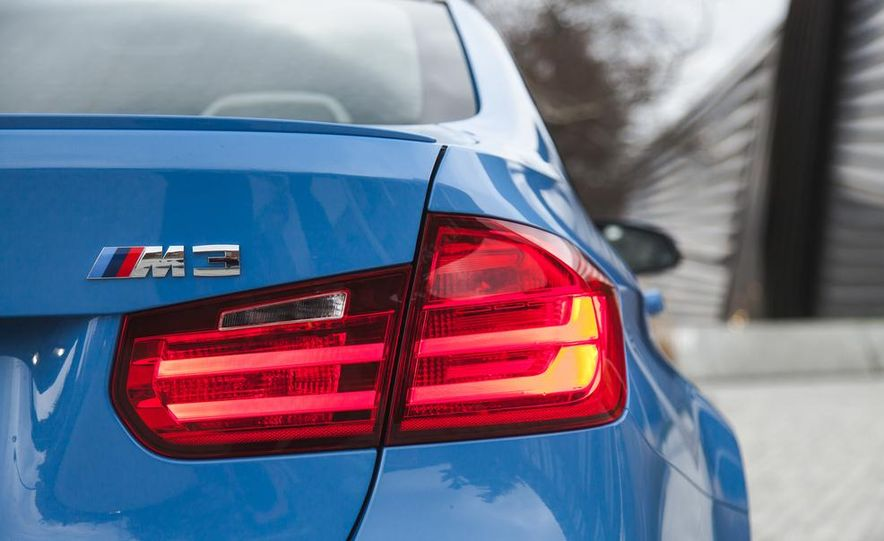2015 BMW M3 - Slide 43