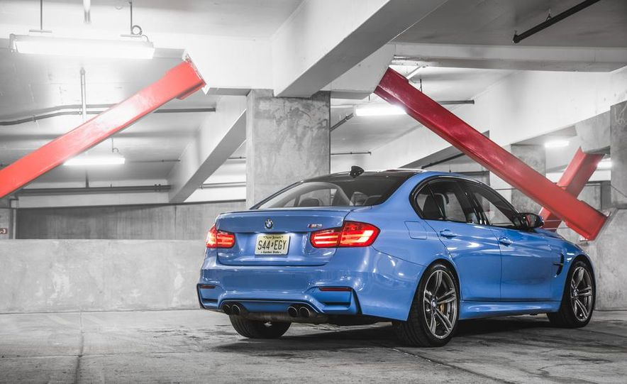 2015 BMW M3 - Slide 23