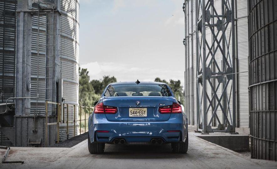 2015 BMW M3 - Slide 12