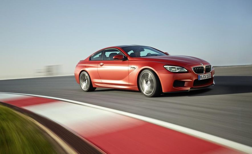 2015 BMW M6 coupe - Slide 13