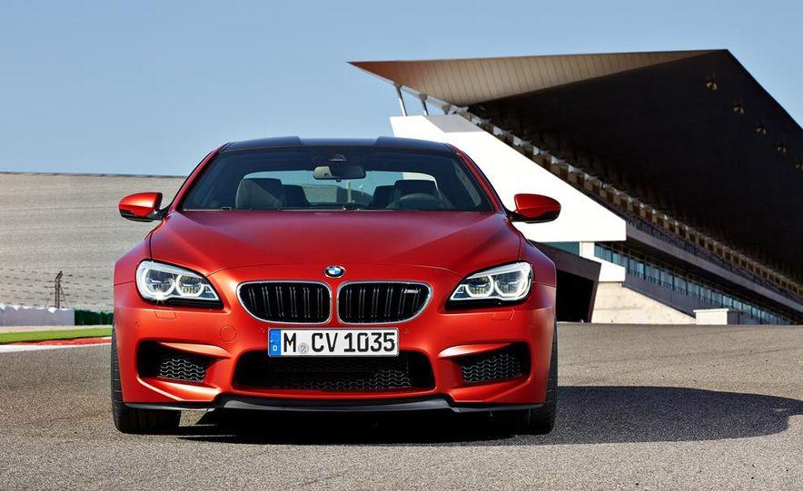 2015 BMW M6 coupe - Slide 21