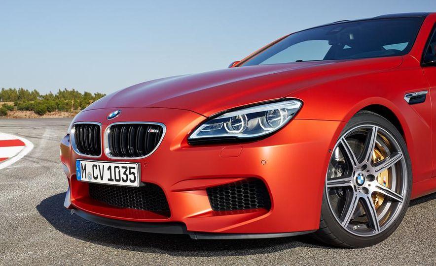 2015 BMW M6 coupe - Slide 24