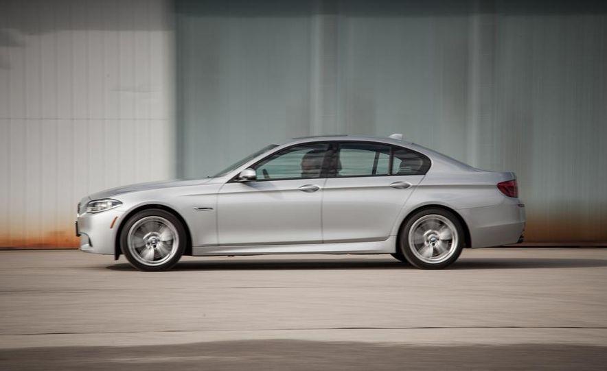 2017 BMW 5-series (spy photo) - Slide 12