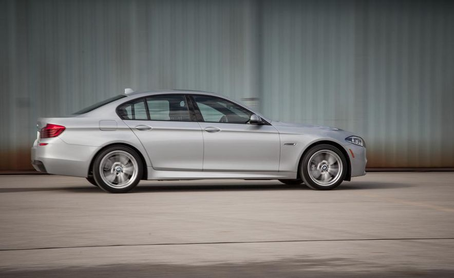2017 BMW 5-series (spy photo) - Slide 13