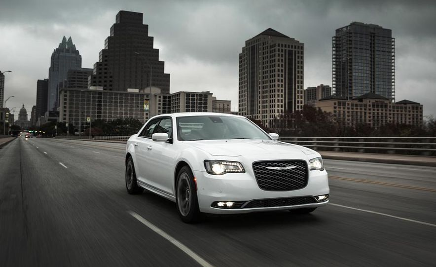 2015 Chrysler 300S - Slide 1